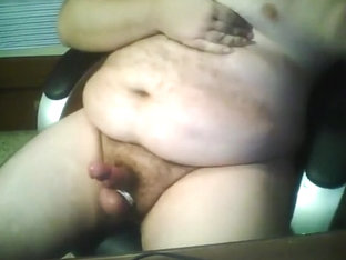 fat man wanking and spank by cam