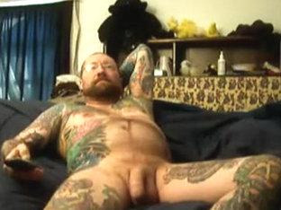 Tattooed Bear Jacking Off