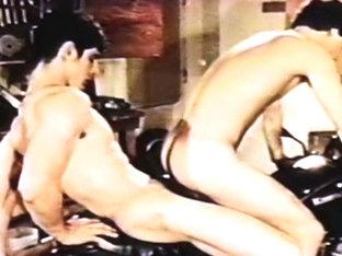 VintageGayLoops Video: Take it Like a Man