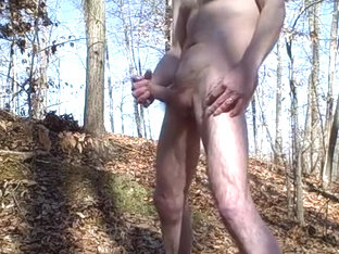 Public Park Buttplug Jerk Off