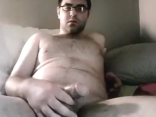 Straight buddy jerks and comes on webcam for the ladies