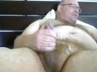 Hairy Beefy Man Jizz