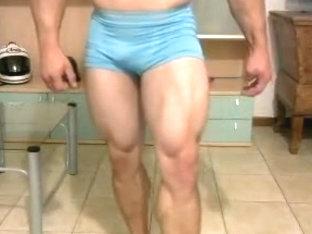 Str8 muscle fellas flexing