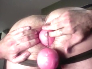 greater amount balls on string