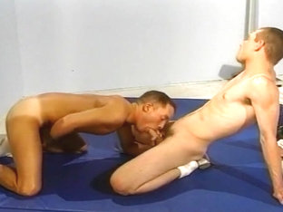 Gym Workout Turns In To Hardcore Gay Sex