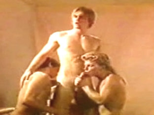 Peter North : The early  HOMO years, when this chab took knobs up the booty