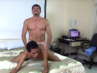 Daddy Mike Fucks Asian Boy Tenjo - DaddysAsians