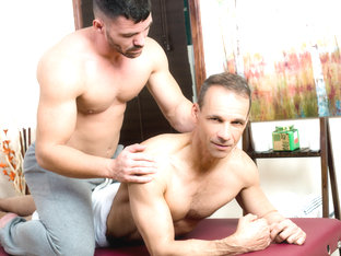 Rodney Steele & Brogan Reed in Don't Stress Daddy - IconMale