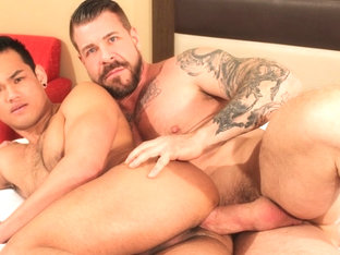 Rocco Steele and Eli Lewis - BarebackThatHole