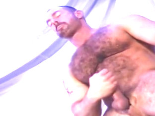 Hairy Muscleman Eric Evans strokes himself off