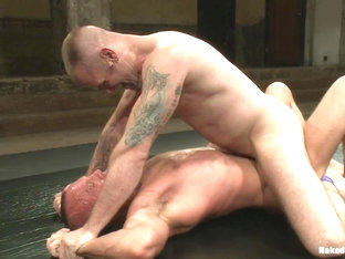 NakedKombat Tobers Back