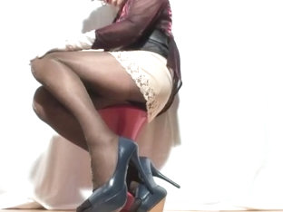 Sexyputa in lurex pantyhose 6