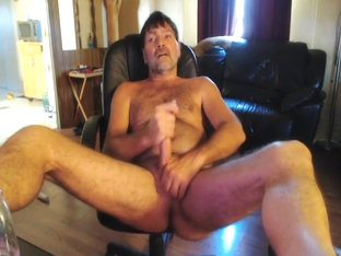 Redneck fingers Furry hole an cums