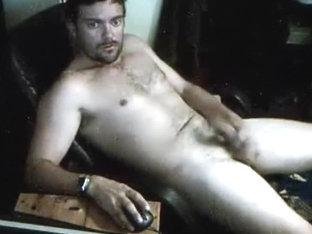Goatee guy amateur masturbation video