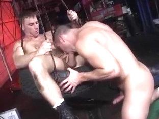 Hot sweaty muscular bear sex