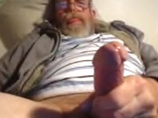 Mountain pappy cums for me on livecam