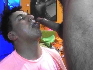 Andy suge un hetero pentru