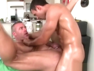 Mature gay masseur assfucked by straight client