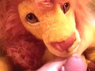 Simba 09 - pee cum