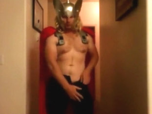 Str8 the big and fat dick of Thor