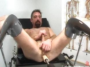 Tom Braddock in Buttmachineboys Video