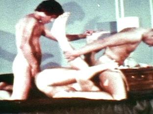 VintageGayLoops Video: College Days