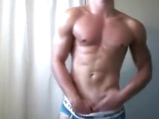 A Hot Sex With Muscle Man