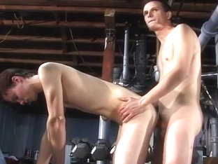 Hot Slender Army Guys Fucking in Gym