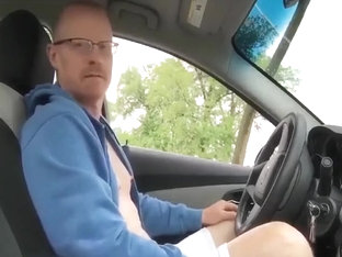 verbal dad jerks off in parked car