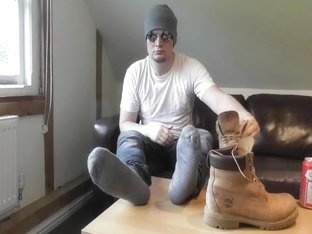 TRAILER: BROWN TIMBERLAND BOOT WORSHIP WITH GREY SOCKS