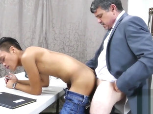 Twink accountant working on the cock of his boss