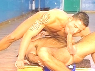 Hottest male pornstars Julian Vincenzo and Fred Fele in horny rimming, bears gay xxx movie