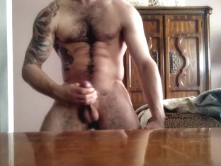 Hairy Muscle Tatoo Twink Jerking On Cam
