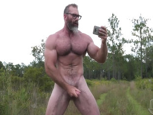Muscle beefy Lumberjack - Slick Rick from The Guy Site