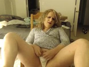 cumming for Mama