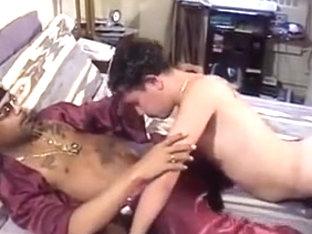 Morenos calientes en la cama
