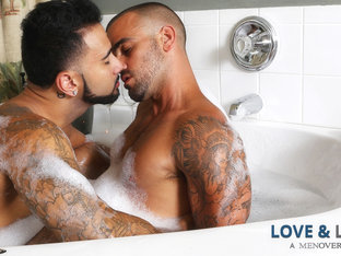 Rikk York & Damien Crosse in Love & Lather Video