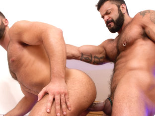 The Tourist XXX Video: Abraham Al Malek, Rogan Richards
