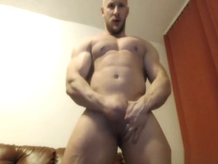 Bodybuilder Chuck Jerks His Small Cock & Cums