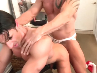 Hot Silver Fox DILF Bareback Muscle Jet