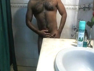 Shower time for hairy muscle