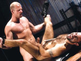 Steve Cruz & Scott Tanner in The 4th Floor, Scene #05