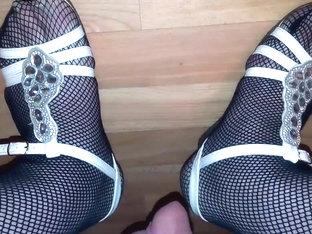 Im fischnetz und sandalen einen wichsen