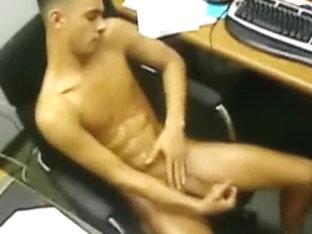 Hung Stud Jordan Fox Fucks