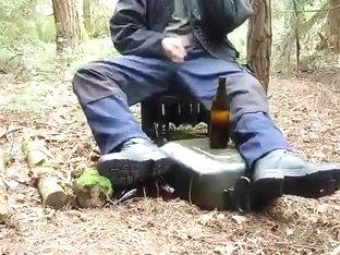 beer, piddle, jack off, destroy, cum / bier, pissen, zerst?ren