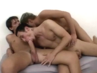 Intense butt fuck adventure in gay twinks porn