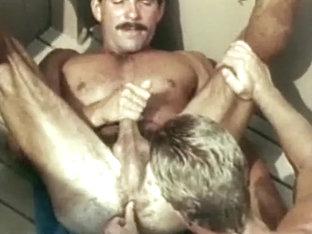 Vintage Muscle Frat Twinks Fuck Raw