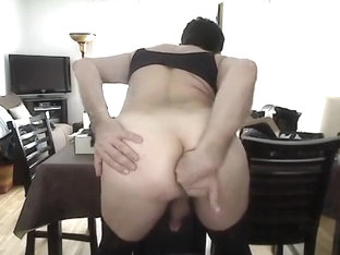 girlsy solo anal play
