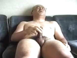 Japanese mature has hot orgasms