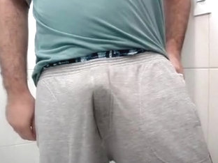 Me sagging and pissing in sweatpants and satin boxershorts